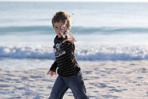 throwing sand